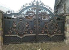 Кованые ворота в Ростове
